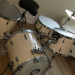 Posing DIY Jazz / Bop Drum Kit
