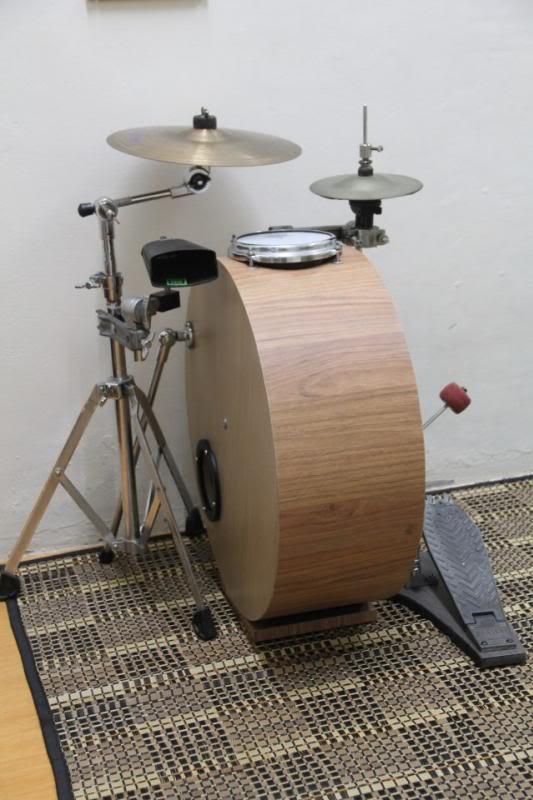 how to make a sustained bass drum