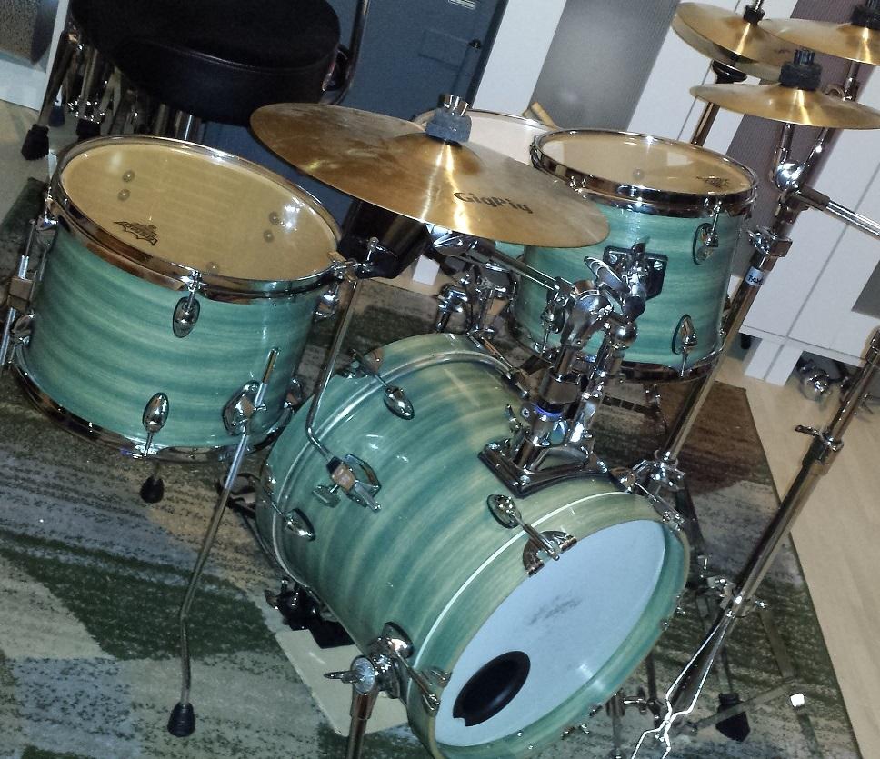 DIY Cafe Drum Kit - CompactDrums